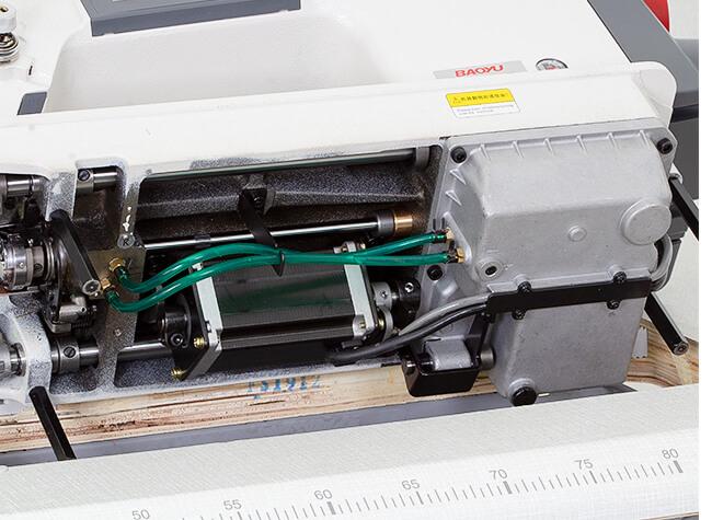 Смазка швейной машины Baoyu GT-288С-D4