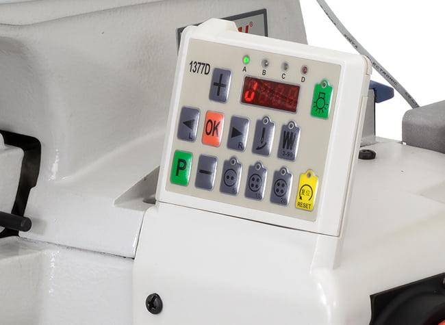 Управление пуговичной машиной Baoyu BML-1377D
